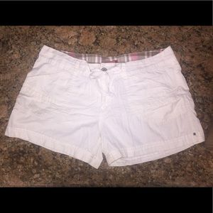 Shorts with cuff